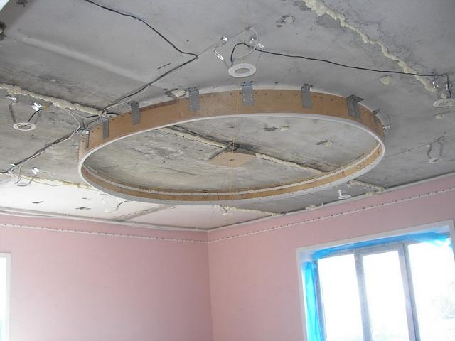 Сделать двухуровневый потолок  видео